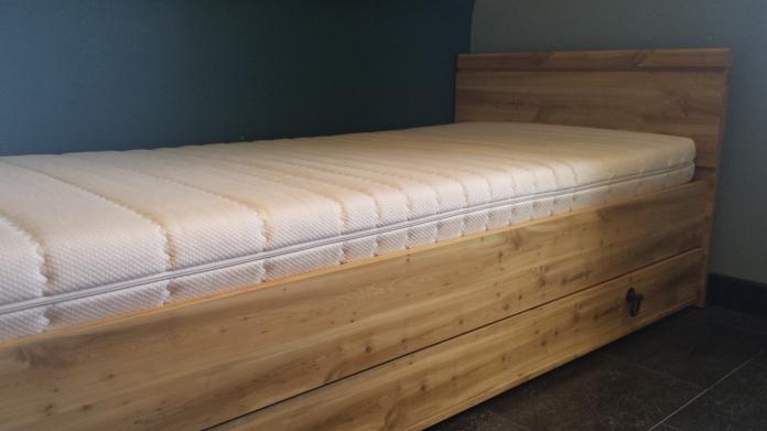 plete slaapkamer met matras artsmediafo